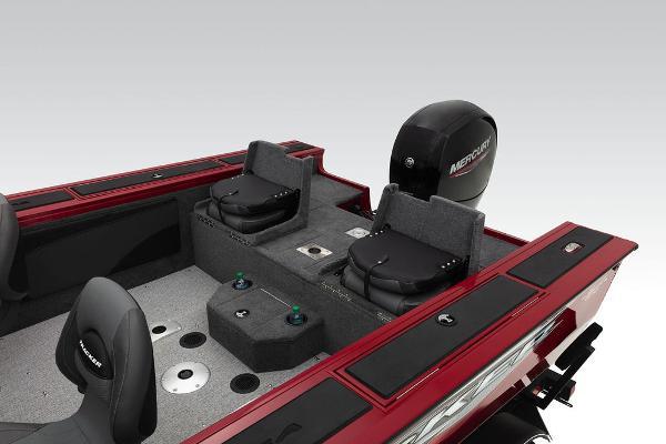 2022 Tracker Boats boat for sale, model of the boat is Targa™ V-19 Combo & Image # 17 of 47