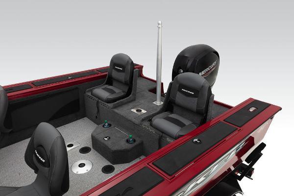 2022 Tracker Boats boat for sale, model of the boat is Targa™ V-19 Combo & Image # 36 of 47