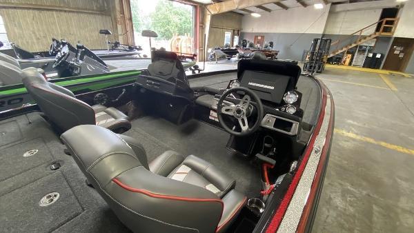 2020 Nitro boat for sale, model of the boat is Z21 & Image # 3 of 4
