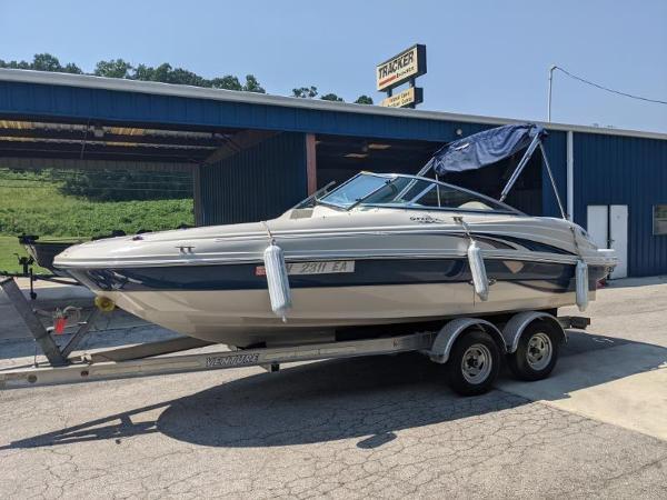 2003 SEA RAY 200 SUN DECK for sale
