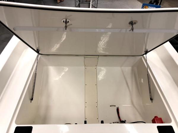 2021 Mako boat for sale, model of the boat is Pro Skiff 17 CC & Image # 6 of 41