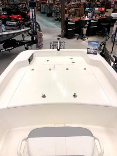 2021 Mako boat for sale, model of the boat is Pro Skiff 17 CC & Image # 5 of 41
