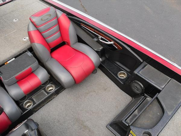 2011 Triton boat for sale, model of the boat is 21XS Elite & Image # 9 of 20