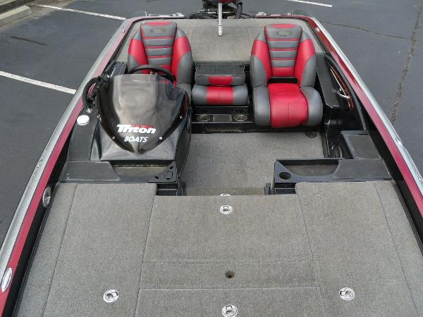 2011 Triton boat for sale, model of the boat is 21XS Elite & Image # 13 of 20
