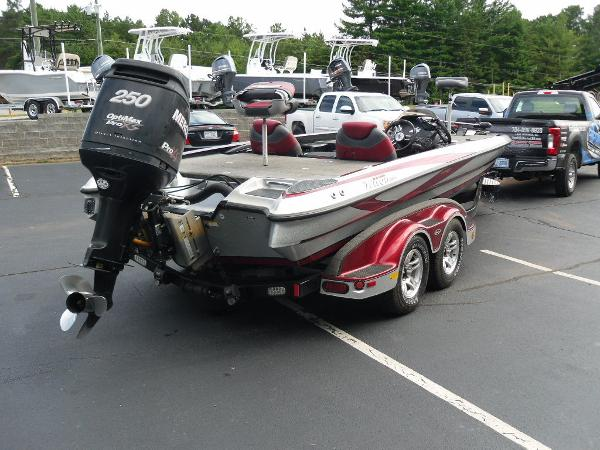 2011 Triton boat for sale, model of the boat is 21XS Elite & Image # 17 of 20