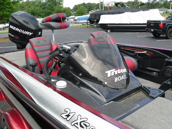 2011 Triton boat for sale, model of the boat is 21XS Elite & Image # 20 of 20