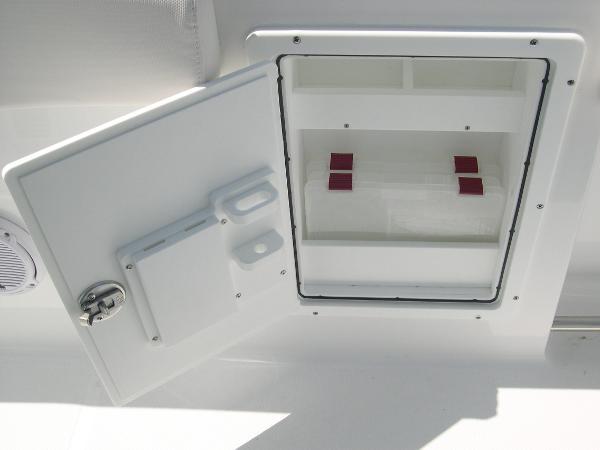 Gamefish 27 Coffin Box Photo 25