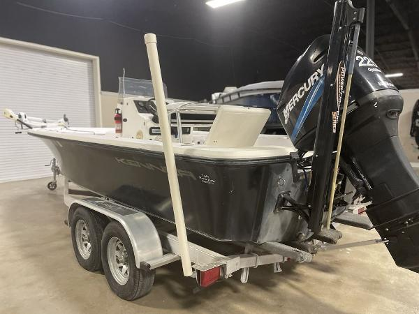 2005 Kenner boat for sale, model of the boat is VISION & Image # 3 of 10