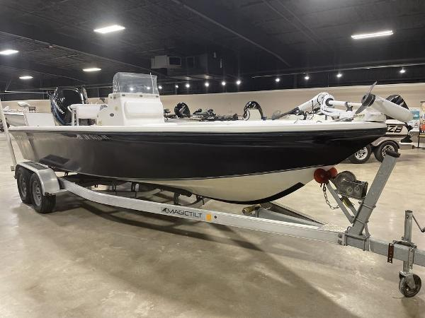 2005 Kenner boat for sale, model of the boat is VISION & Image # 2 of 10