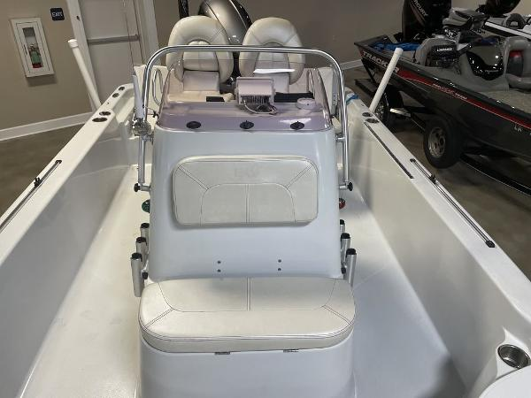 2018 Blue Wave boat for sale, model of the boat is 2000 SL BAY & Image # 13 of 15