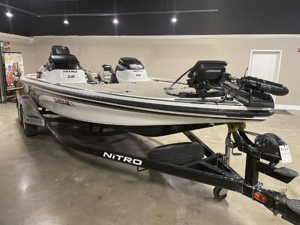 2012 Nitro boat for sale, model of the boat is Z8 & Image # 2 of 12