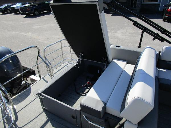 2021 Godfrey Pontoon boat for sale, model of the boat is SW 2286 SFL GTP 27 in. & Image # 5 of 27