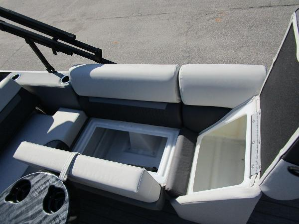 2021 Godfrey Pontoon boat for sale, model of the boat is SW 2286 SFL GTP 27 in. & Image # 6 of 27