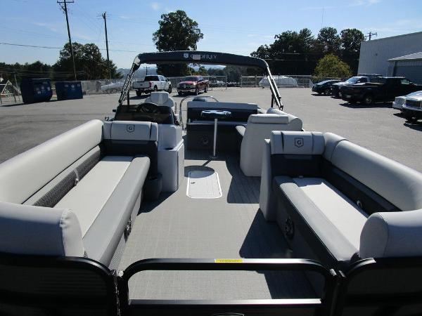 2021 Godfrey Pontoon boat for sale, model of the boat is SW 2286 SFL GTP 27 in. & Image # 18 of 27