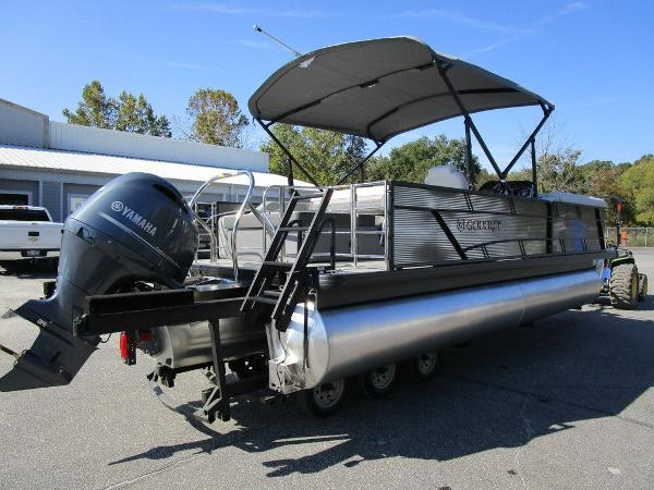 2021 Godfrey Pontoon boat for sale, model of the boat is SW 2286 SFL GTP 27 in. & Image # 19 of 27
