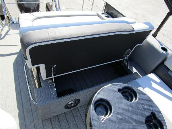 2021 Godfrey Pontoon boat for sale, model of the boat is SW 2286 SFL GTP 27 in. & Image # 21 of 27