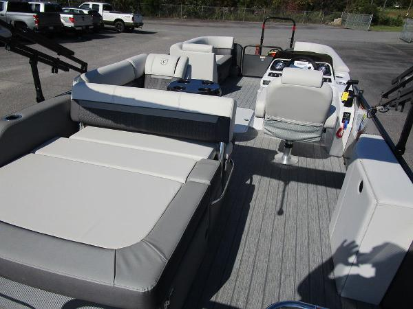2021 Godfrey Pontoon boat for sale, model of the boat is SW 2286 SFL GTP 27 in. & Image # 27 of 27