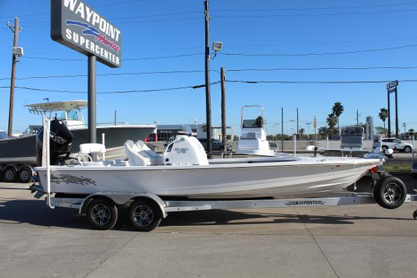 2021 Blazer boat for sale, model of the boat is 2420 GTS & Image # 4 of 19