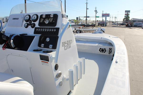 2021 Blazer boat for sale, model of the boat is 2420 GTS & Image # 14 of 19