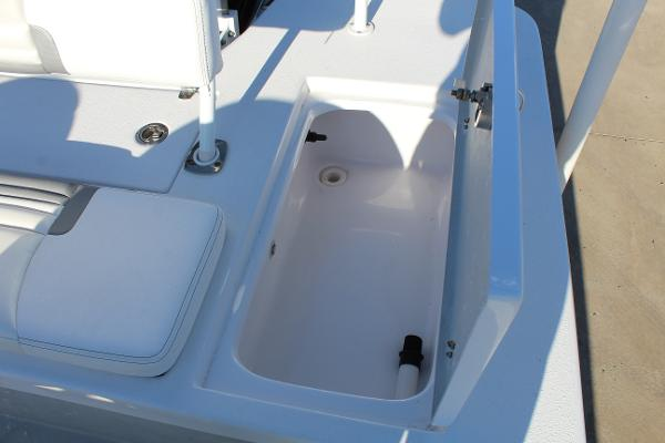 2021 Blazer boat for sale, model of the boat is 2420 GTS & Image # 18 of 19