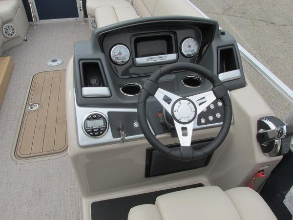 2021 Ranger Boats boat for sale, model of the boat is 243 CRUISE TRI TOON & Image # 16 of 29