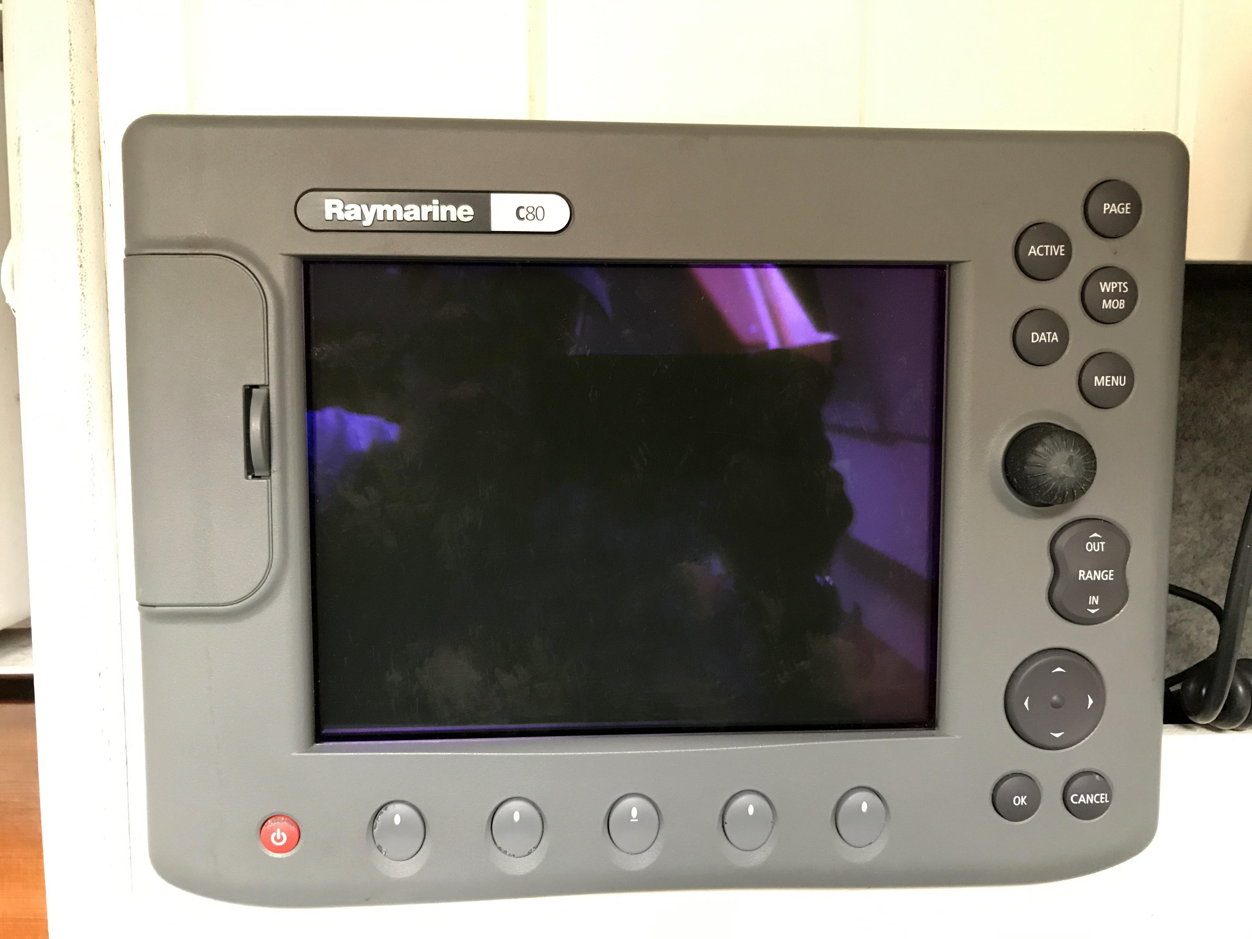 Cornish Crabbers Crabber 22 - Raymarine C80 GPS plotter