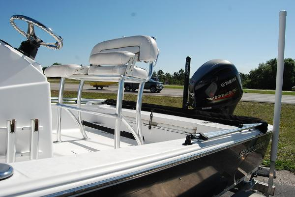 2014 Sportsman Boats boat for sale, model of the boat is TOURNAMENT 214 & Image # 2 of 10
