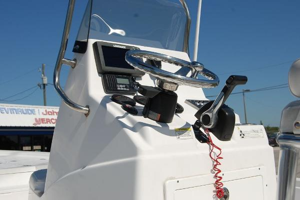 2014 Sportsman Boats boat for sale, model of the boat is TOURNAMENT 214 & Image # 5 of 10