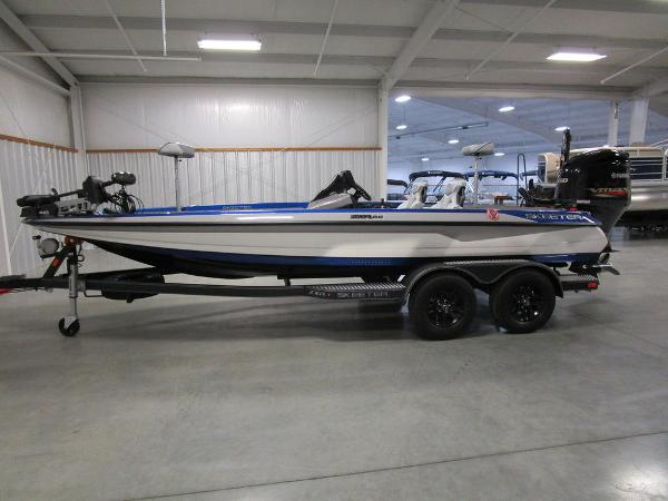 2021 Skeeter boat for sale, model of the boat is ZXR 20 & Image # 9 of 50