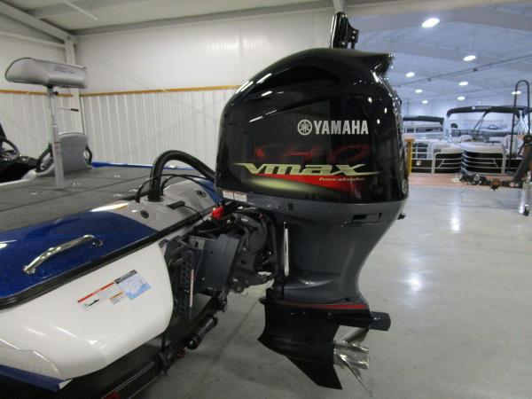 2021 Skeeter boat for sale, model of the boat is ZXR 20 & Image # 20 of 50