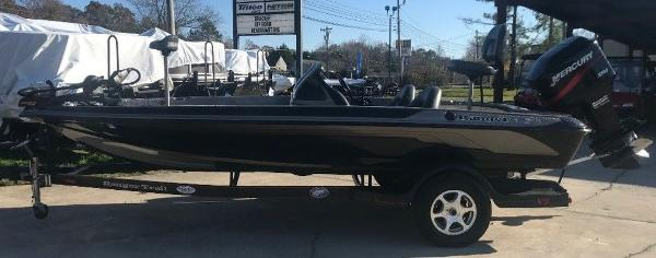2003 Ranger Boats boat for sale, model of the boat is 185VS & Image # 1 of 13