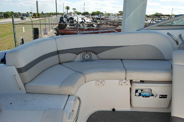 2006 Chaparral boat for sale, model of the boat is 256 SSi & Image # 4 of 12