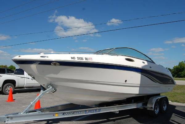 2006 Chaparral boat for sale, model of the boat is 256 SSi & Image # 5 of 12