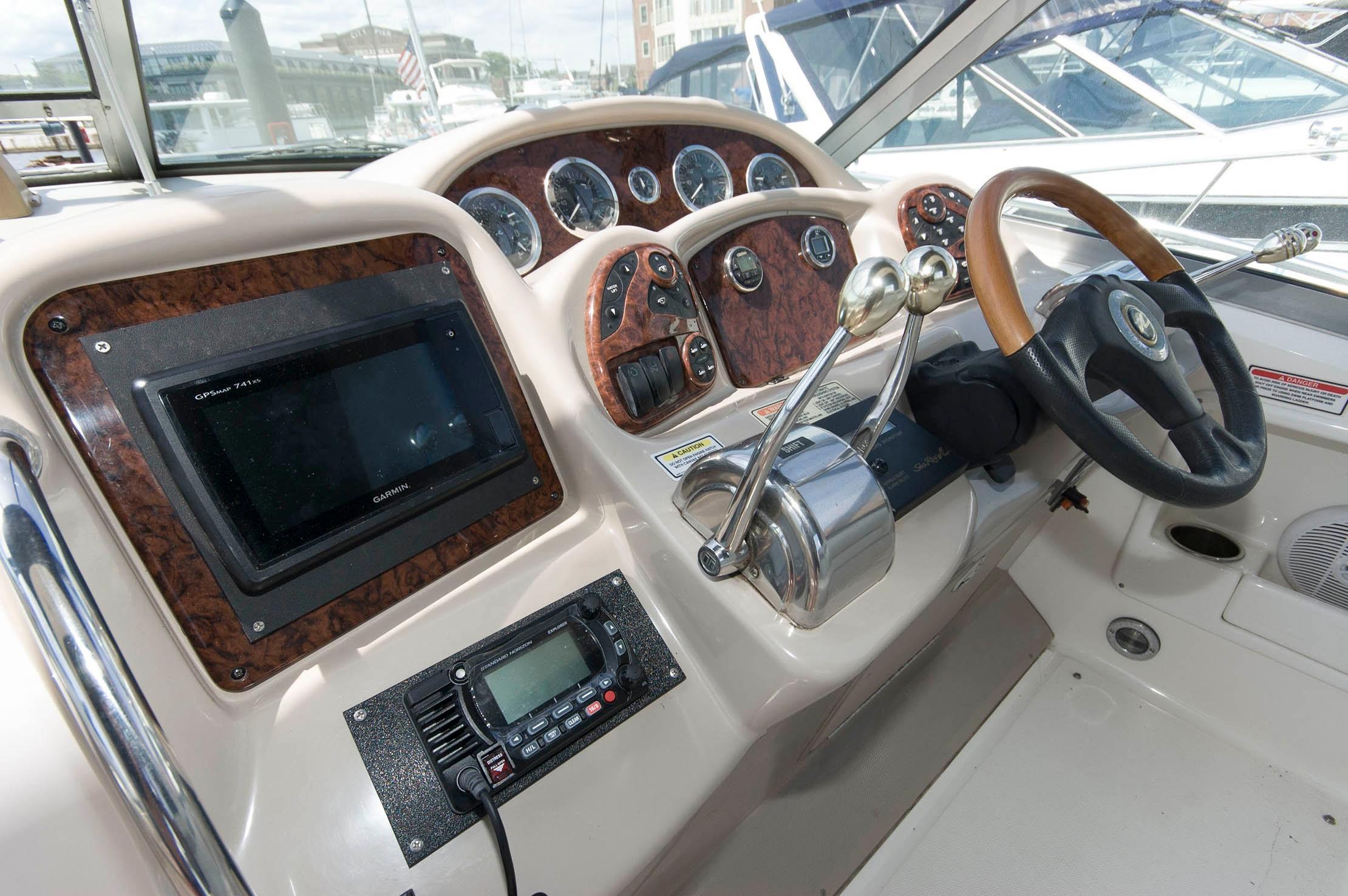 M 5507 KB Knot 10 Yacht Sales