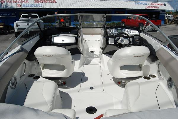 2010 Sea Doo PWC boat for sale, model of the boat is Challenger 210 & Image # 4 of 9