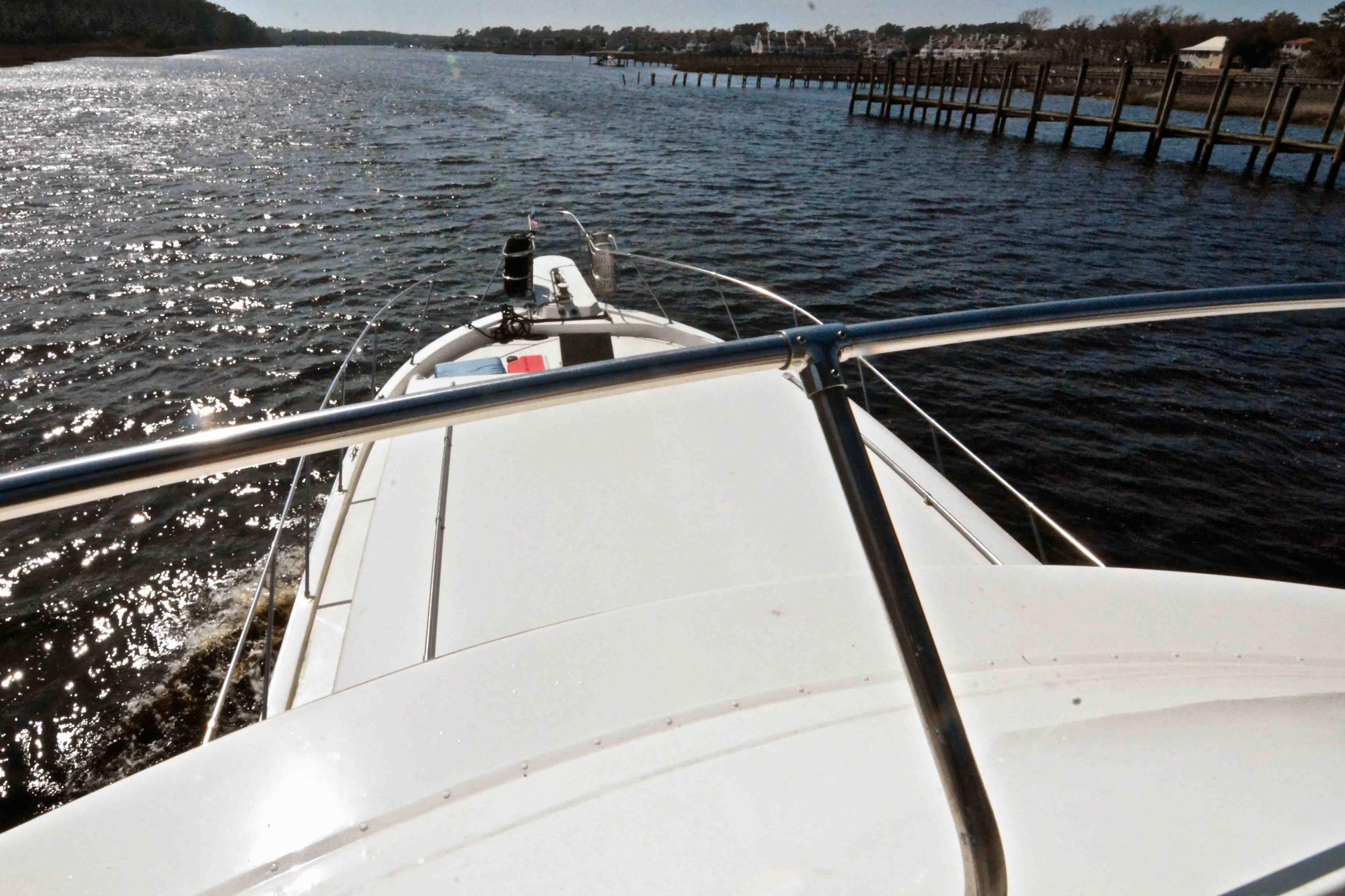 Uniflite 46 Motor Yacht - Photo: #16