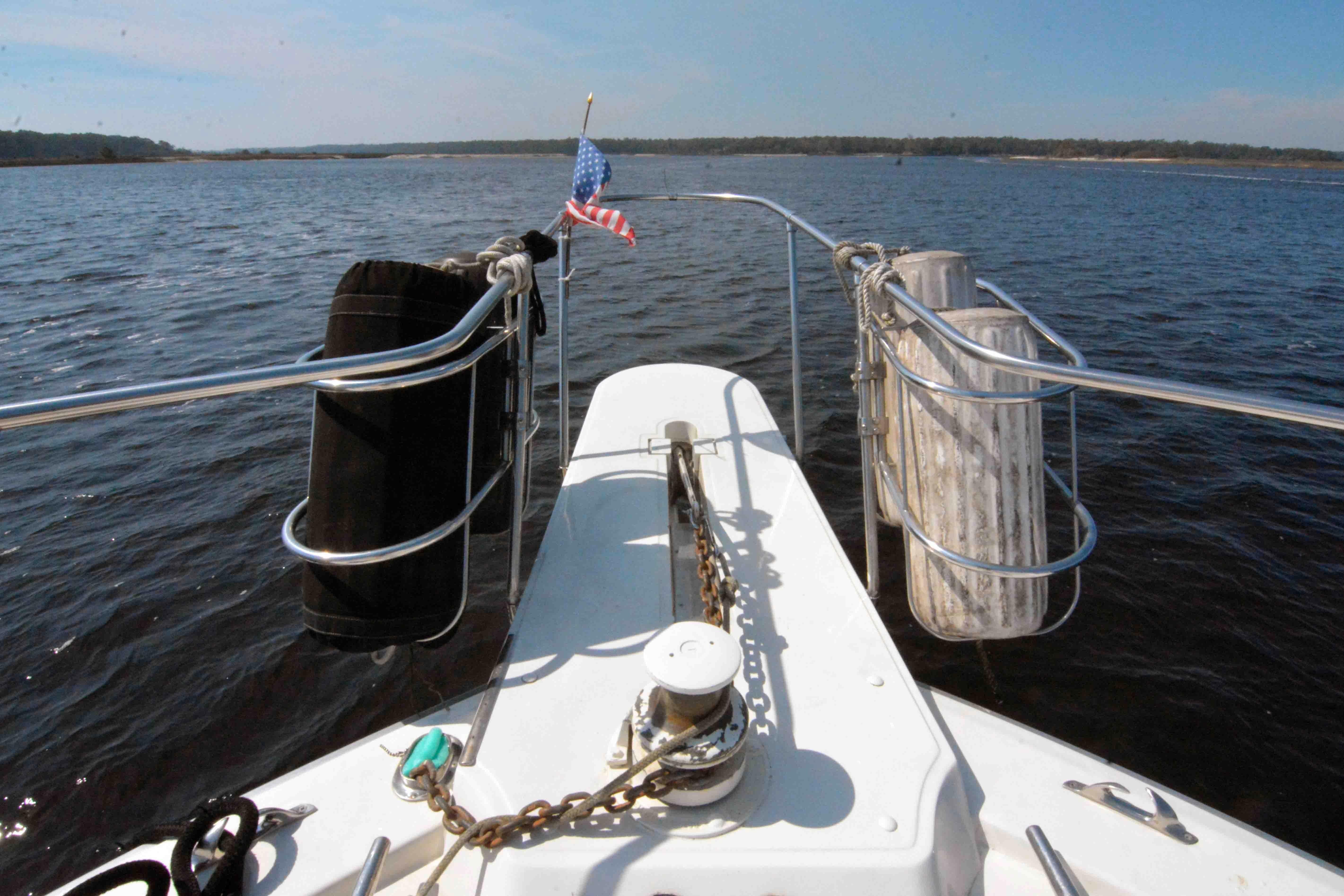Uniflite 46 Motor Yacht - Photo: #18