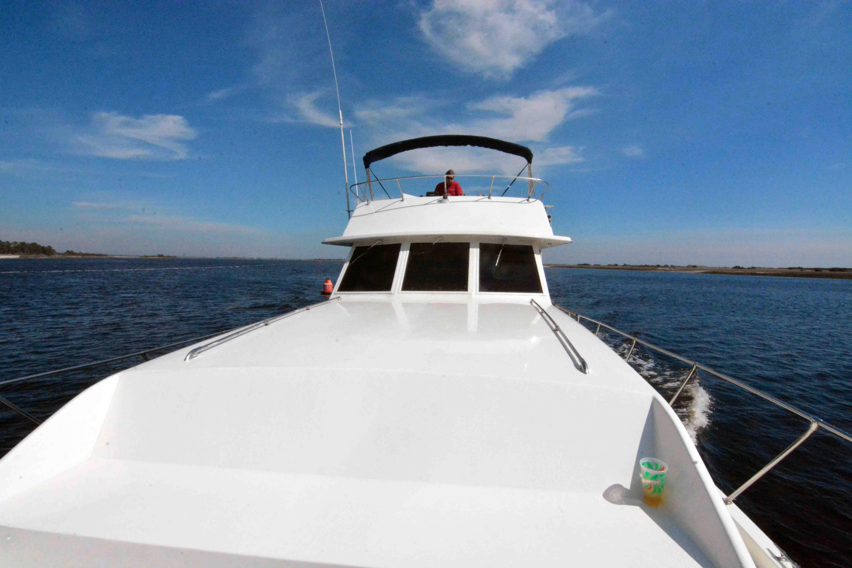 Uniflite 46 Motor Yacht - Photo: #17