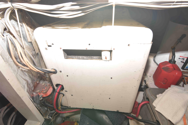 Uniflite 46 Motor Yacht - Photo: #27
