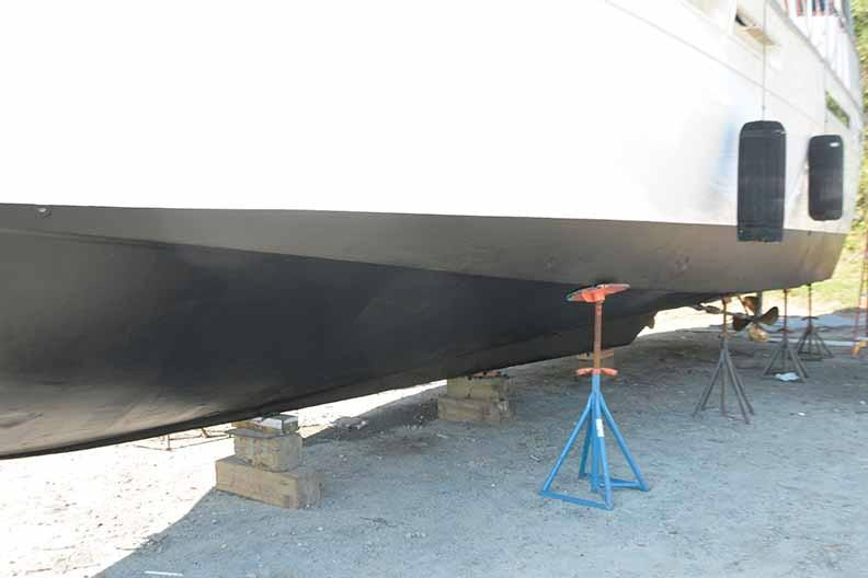 Uniflite 46 Motor Yacht - Photo: #31