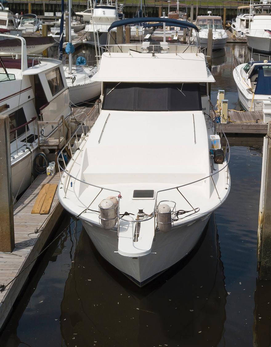 Uniflite 46 Motor Yacht - Photo: #4