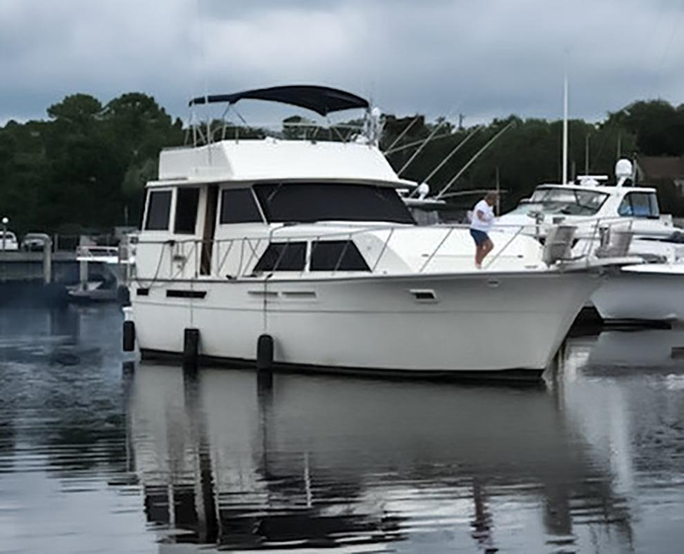 Uniflite 46 Motor Yacht - Photo: #7