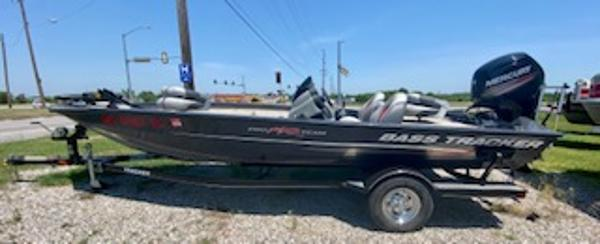 2015 Tracker Boats boat for sale, model of the boat is Pro Team 190 TX & Image # 5 of 12