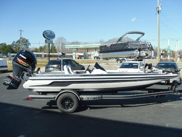 2021 Skeeter boat for sale, model of the boat is ZX150 & Image # 8 of 30