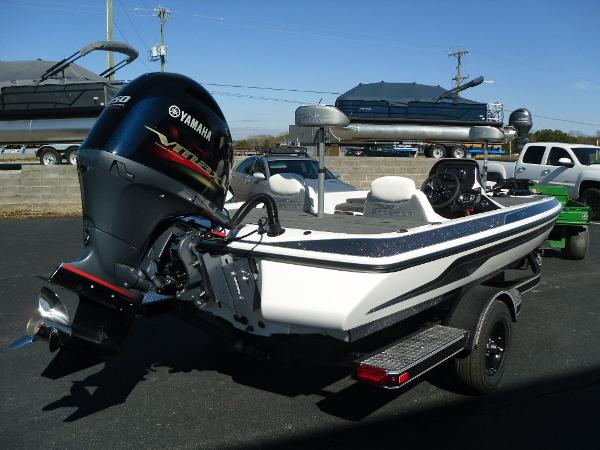 2021 Skeeter boat for sale, model of the boat is ZX150 & Image # 13 of 30