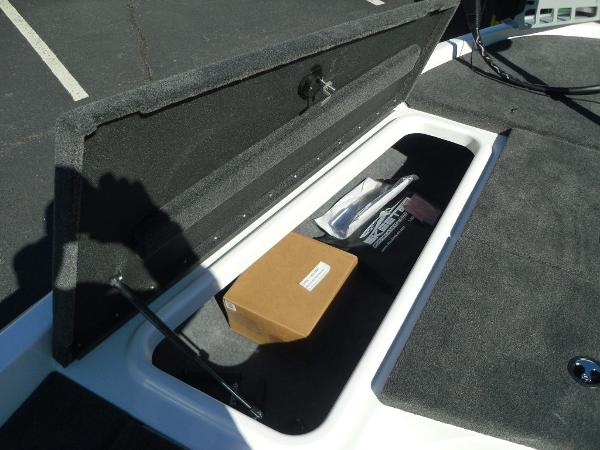 2021 Skeeter boat for sale, model of the boat is ZX150 & Image # 18 of 30