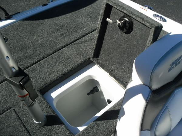 2021 Skeeter boat for sale, model of the boat is ZX150 & Image # 26 of 30