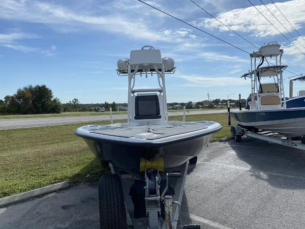 2018 Yellowfin boat for sale, model of the boat is 24 Bay & Image # 5 of 11