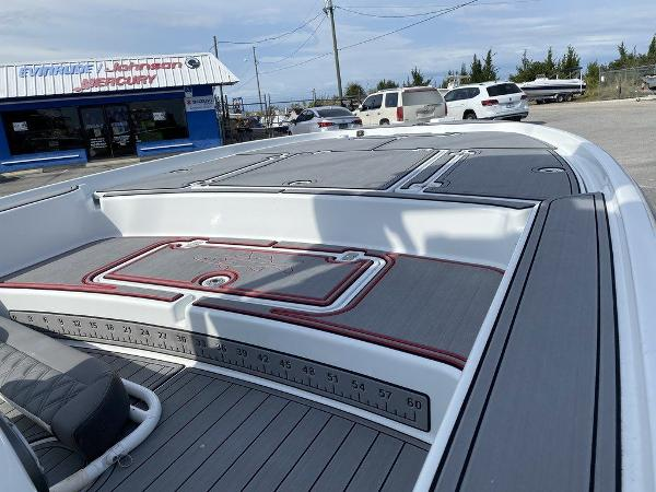 2018 Yellowfin boat for sale, model of the boat is 24 Bay & Image # 6 of 11