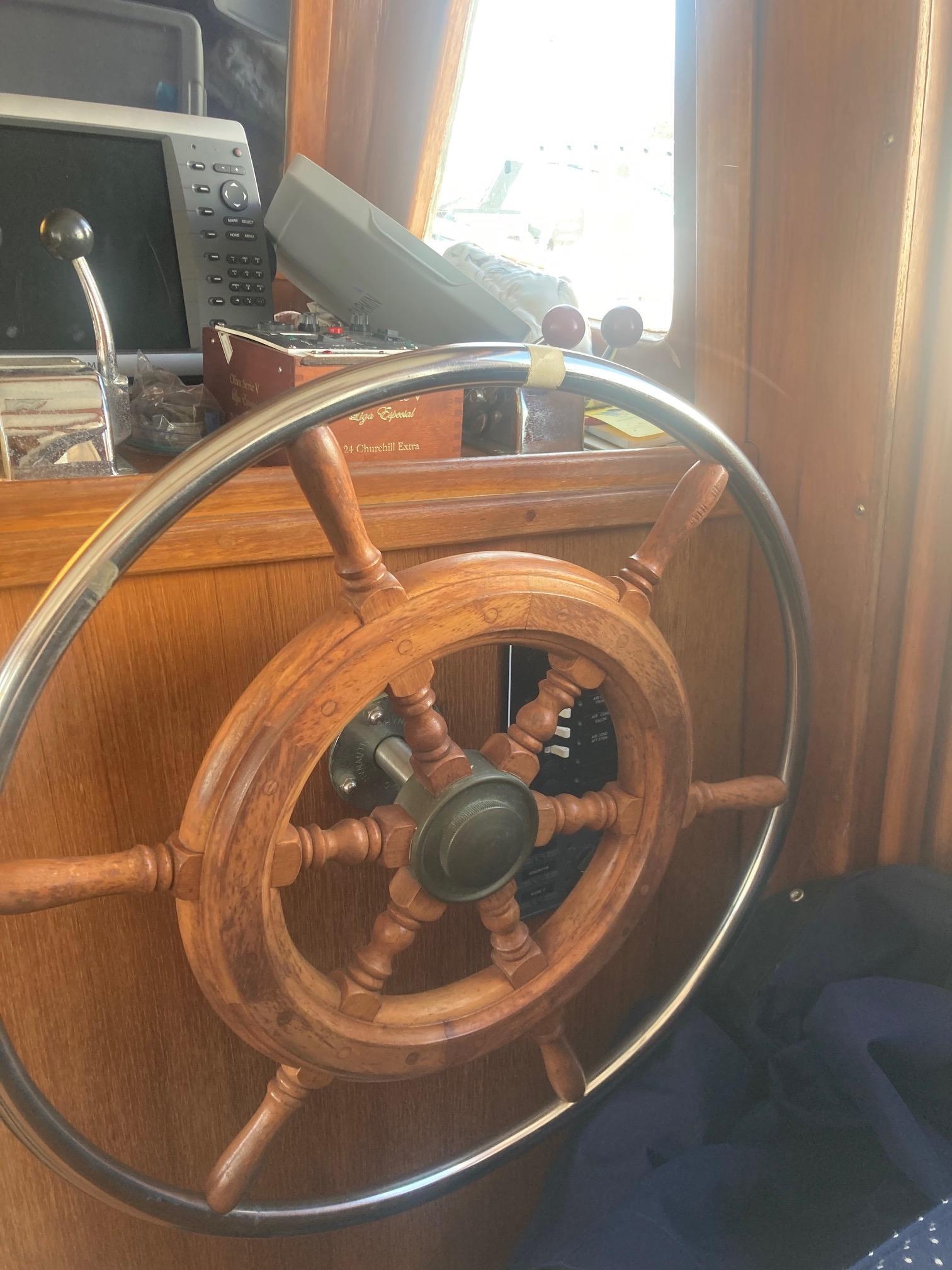 NJ 5943 DM Knot 10 Yacht Sales